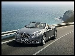Maska, Prz�d, Bentley Continental GTC